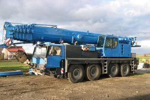 Żuraw samojezdny 90 ton