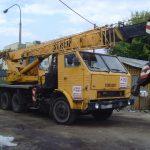Żuraw samojezdny klasy 18 ton