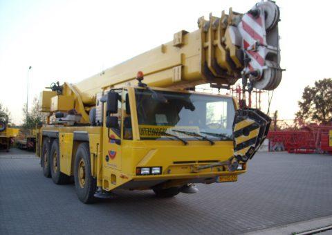 Dźwig teleskopowy 50 ton