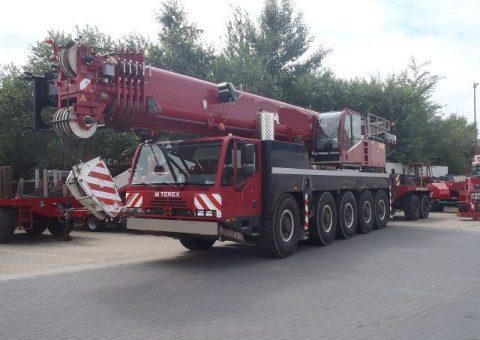 Żuraw samojezdny 130 ton